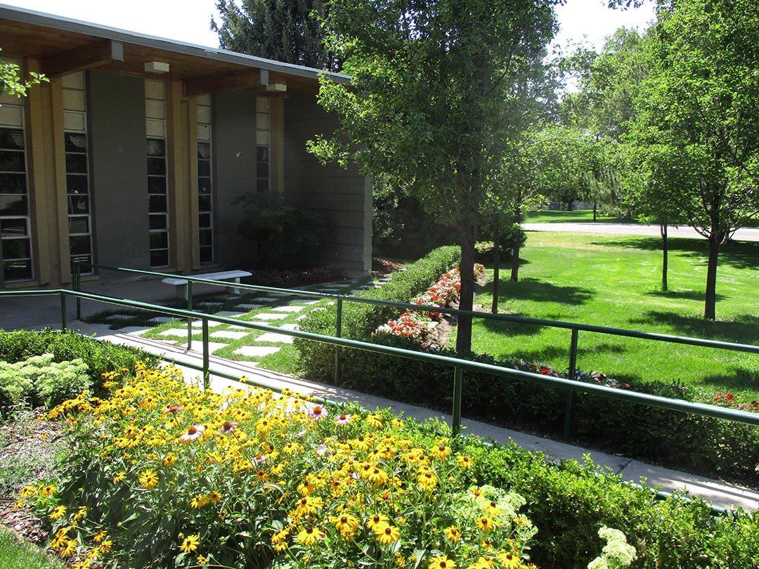 Garden Center front for web